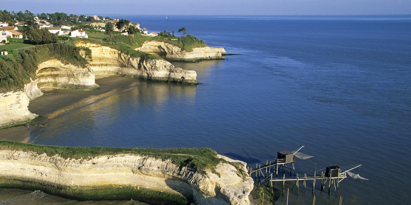 Things To Do In Gironde Estuary Travel Guides Holland