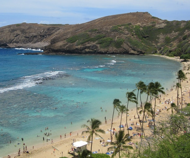 Hawaii Bans Reef-Destroying Sunscreens and Hotels Are Already Onboard