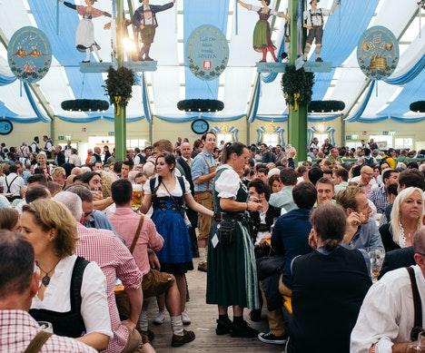 10 Secrets to Doing Oktoberfest Like a Local Munich