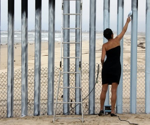 10 Border Walls That Artists Have Turned Into Powerful Protests