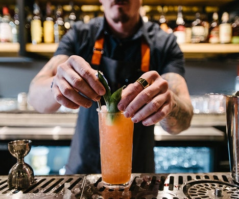 What to Drink, Where to Drink It: A Worldwide Guide to Summer Cocktails Hong Kong