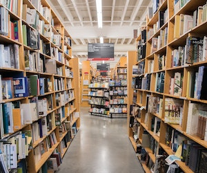 Powell's Bookshop Rehires 100 Employees as Online Book Orders Surge