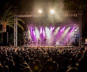 10 California Wineries That Pair Sips With Concerts