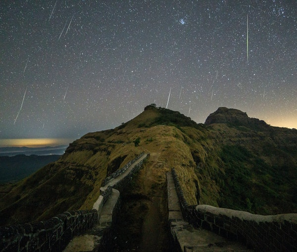The Brightest Meteor Shower of the Year Is Happening This Week