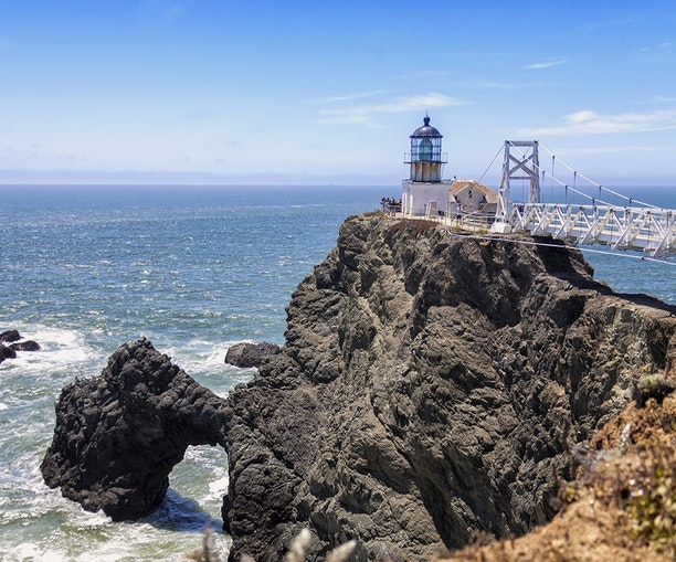 10 Distinctive Lighthouses in the California Bay Area