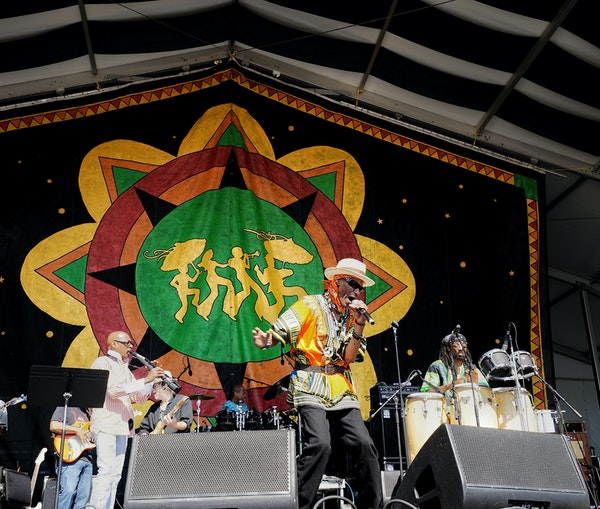 Everything You Need to Know About Jazz Fest in New Orleans