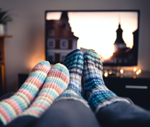 You Could Get Paid $1,000 to Binge-Watch Classic Travel Movies