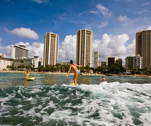 Best U.S. Beaches for Beginning Surfers