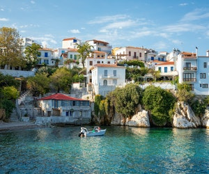 United Adds Flights to Greece, Iceland, and Croatia for the Summer