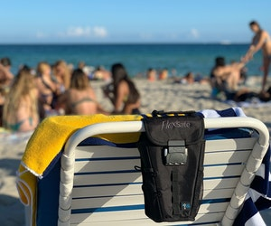 8 Must-Haves to Keep Your Valuables Safe on the Beach