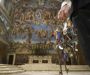 Sistine Chapel Key-Keeper Opens Up After Lockdown