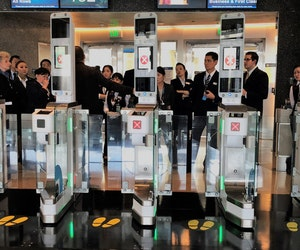 At LAX, Cutting-Edge Tech Is Speeding Up the Boarding Process