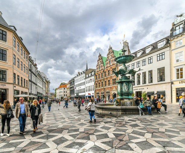 No Cars Allowed: The 10 Best Pedestrian Streets Around the World