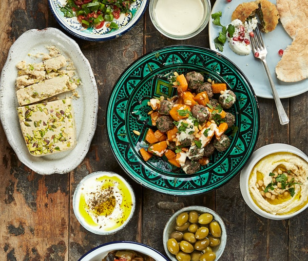 The Food Movement—and Cookbook—That's Aiding the Syrian Refugee Crisis