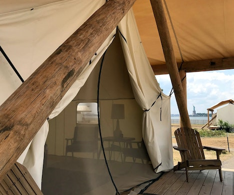 Inside the Island Glamping Retreat Just Minutes From Downtown Manhattan New York