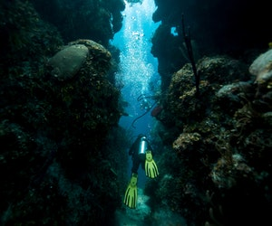 Why Cave Divers Say Belize's Underwater Paradise Is Worth the Risk