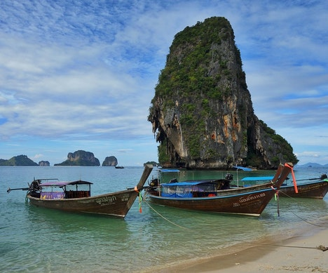 Thailand to Consider Requiring Visitors to Buy Travel Insurance