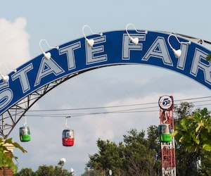 This Drive-Through State Fair Food Parade Is Some Summer Good News