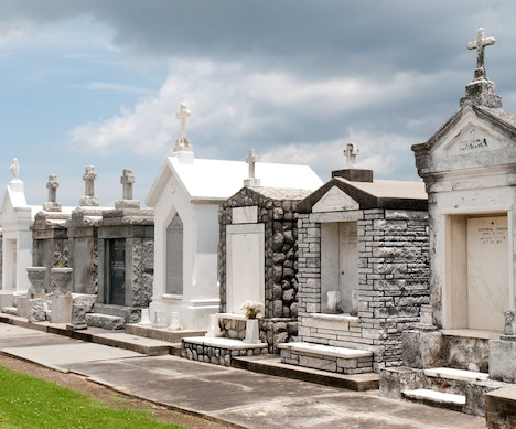 Haunting and Beautiful Cemeteries Around the United States Los Angeles