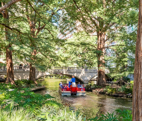 Why You Should Visit San Antonio This Fall