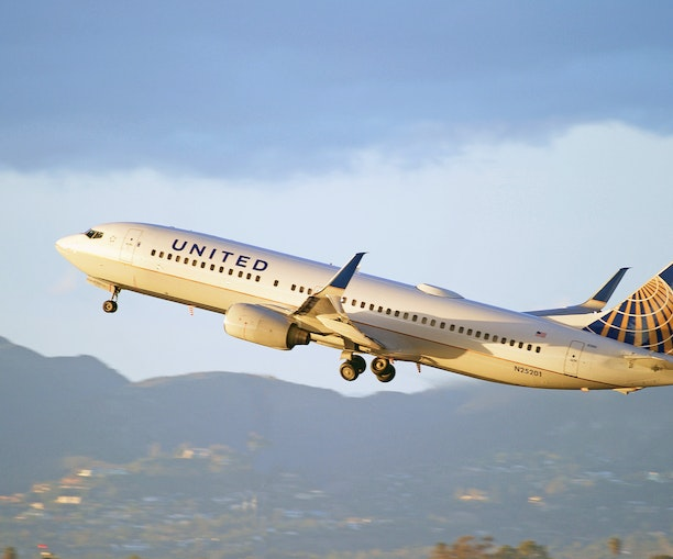 Vaccinated Travelers Can Win One Year of Free Flights With United