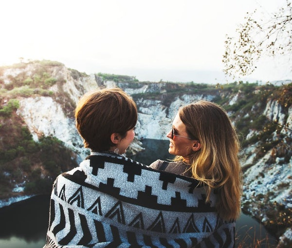 13Tipsfor Pulling off a Romantic Getaway, According to Romance Concierges