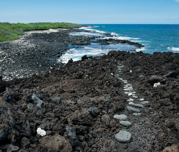This 175-Mile Trail Takes You Through the Hidden Treasures of Hawaii