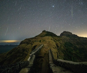 How to Watch the Geminid Meteor Shower This December