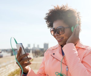15 Podcasts to Help You Master a New Language