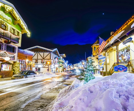 The Sweetest Small Towns in the U.S. to Visit This Winter  Maine
