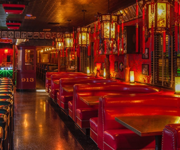 You Can Still Find Old Hollywood Glamour at These Los Angeles Spots