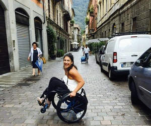 A Wheelchair Won't Prevent This Young Woman From Traveling the Globe