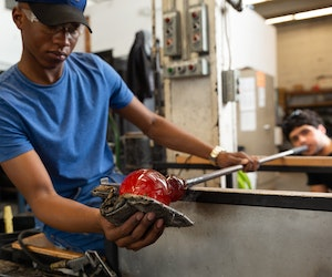 Why You Need to Visit Seattle to Experience Glass Art