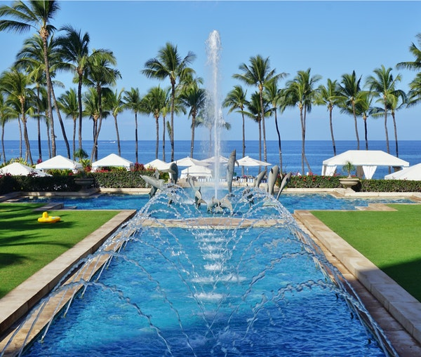 How to Book a Hawaiian Vacation Using Hotel and Credit Card Points