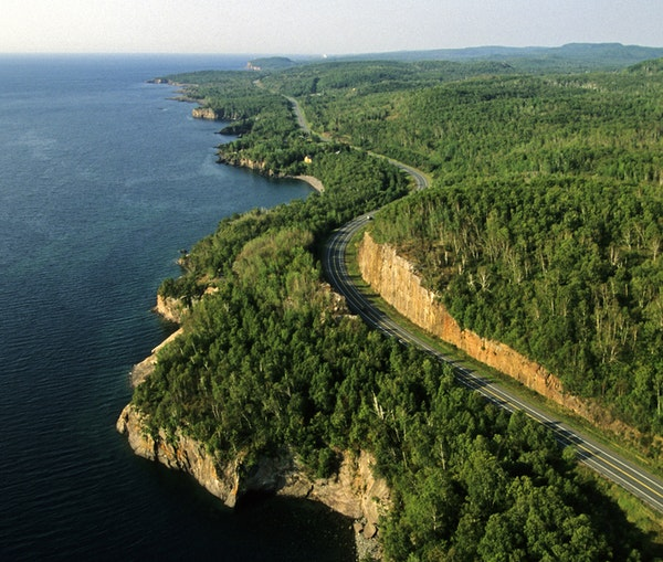 7 Classic Midwest Road Trips to Drive This Year