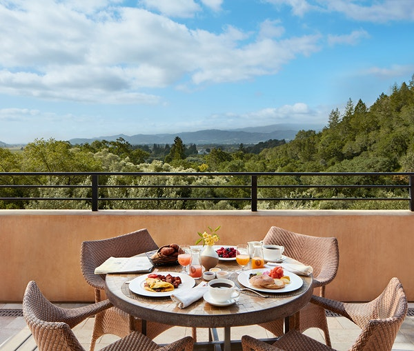 5 of the Best Napa Valley Hotels for Food Lovers