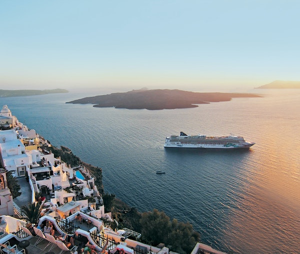 U.S. Cruises Can Resume in Mid-July—if Most Onboard Are Vaccinated