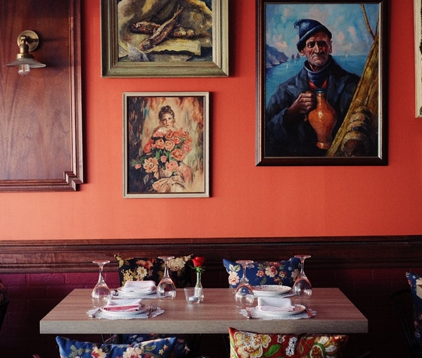 Vodka! Borscht! Toasts! Inside the World of Russian-Style Restaurants