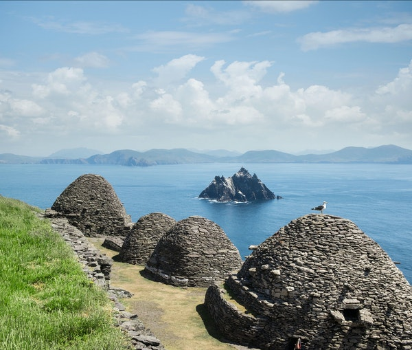 Dramatic Scenery, Castles and Cozy Pubs: The Ultimate Ireland Road Trip