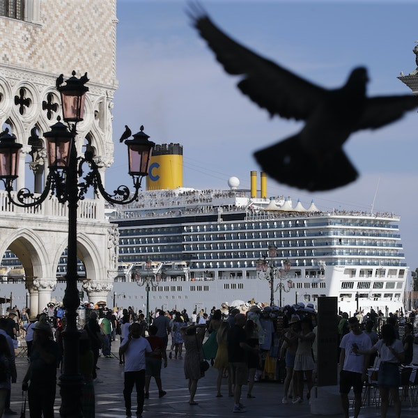 Cruise Ship Crash Sparks Renewed Call for Ban in Venice