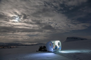 This Mobile Bubble Is the Dreamiest Way to See the Northern Lights