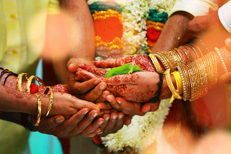 a28112e40fe How to Attend a Traditional Indian Wedding Ceremony