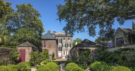 Boroughs, Beaches, and Kings: A Guide to Charleston's Neighborhoods