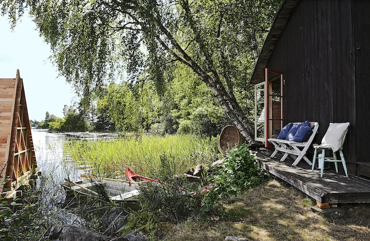 Flemming Hansen and his wife, Mette Helbæk, began refurbishing an old barn and seven acres of forest for Stedsans in the Woods, a rural retreat in southwestern Sweden.