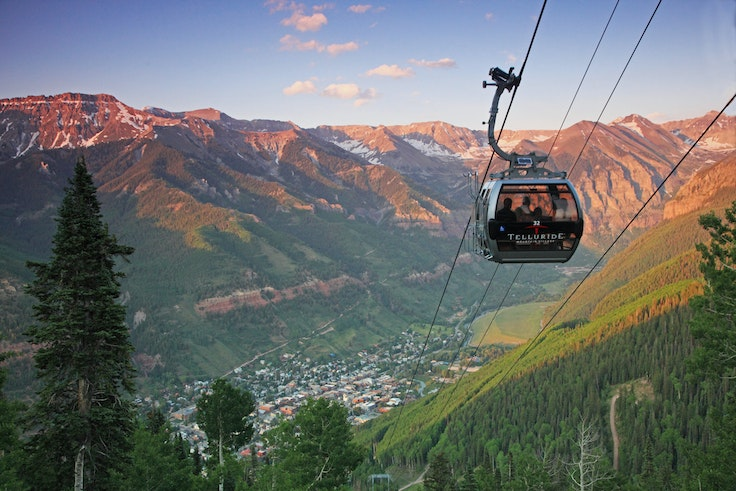Gondola that connects Telluride with Mountain Village