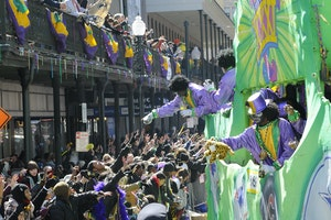 """Get Beyond the Beads: The 101 on Mardi Gras """"Throws"""" in New Orleans"""