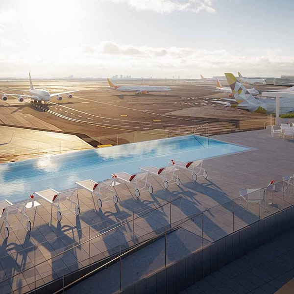 The TWA Hotel Will Have an Infinity Pool Overlooking JFK's Runways. That Is All.
