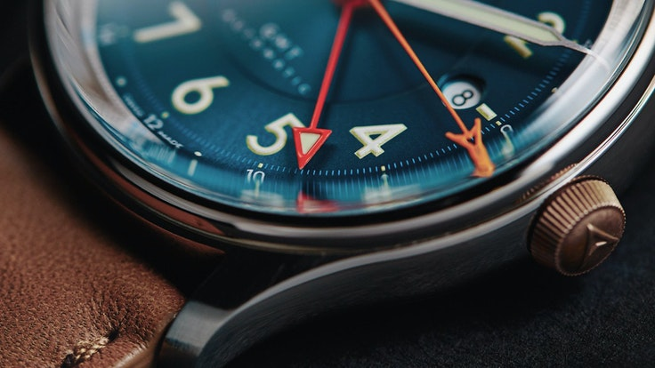 A fresh face among watchmakers, U.K.-basedFarer makesa range of travel-ready fine timepieces—including the gorgeous dual–time zone Lander.