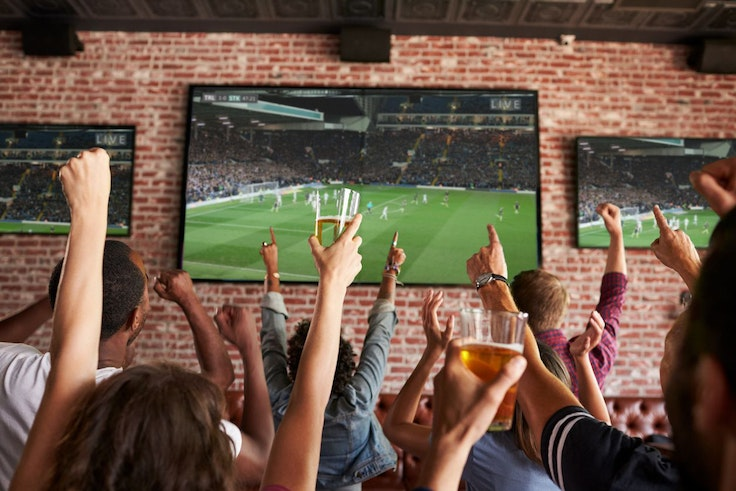 San Francisco's Mad Dog in the Fog is just one of the many U.S. hot spots where you can cheer on your team at the World Cup.