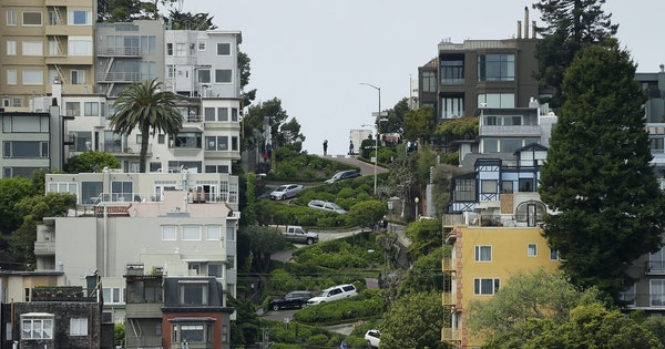 New Toll Required to Drive Lombard Street in San Francisco